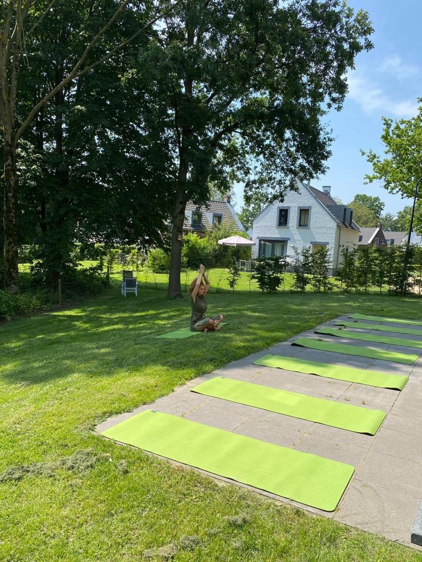 DIVINE SOUL YOGA RETREAT  LOOSDRECHT – BLISS MEDITATION, HEALING, YOGA 24-27 SEPT 2021 or 1-4 OKT 2021